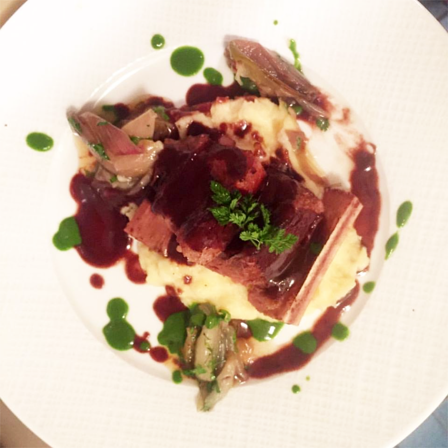 48 Hour Sous Vide Beef Short Ribs, Yukon Gold Potato Pur�e, with Parslied Shallots and Red Wine Jus