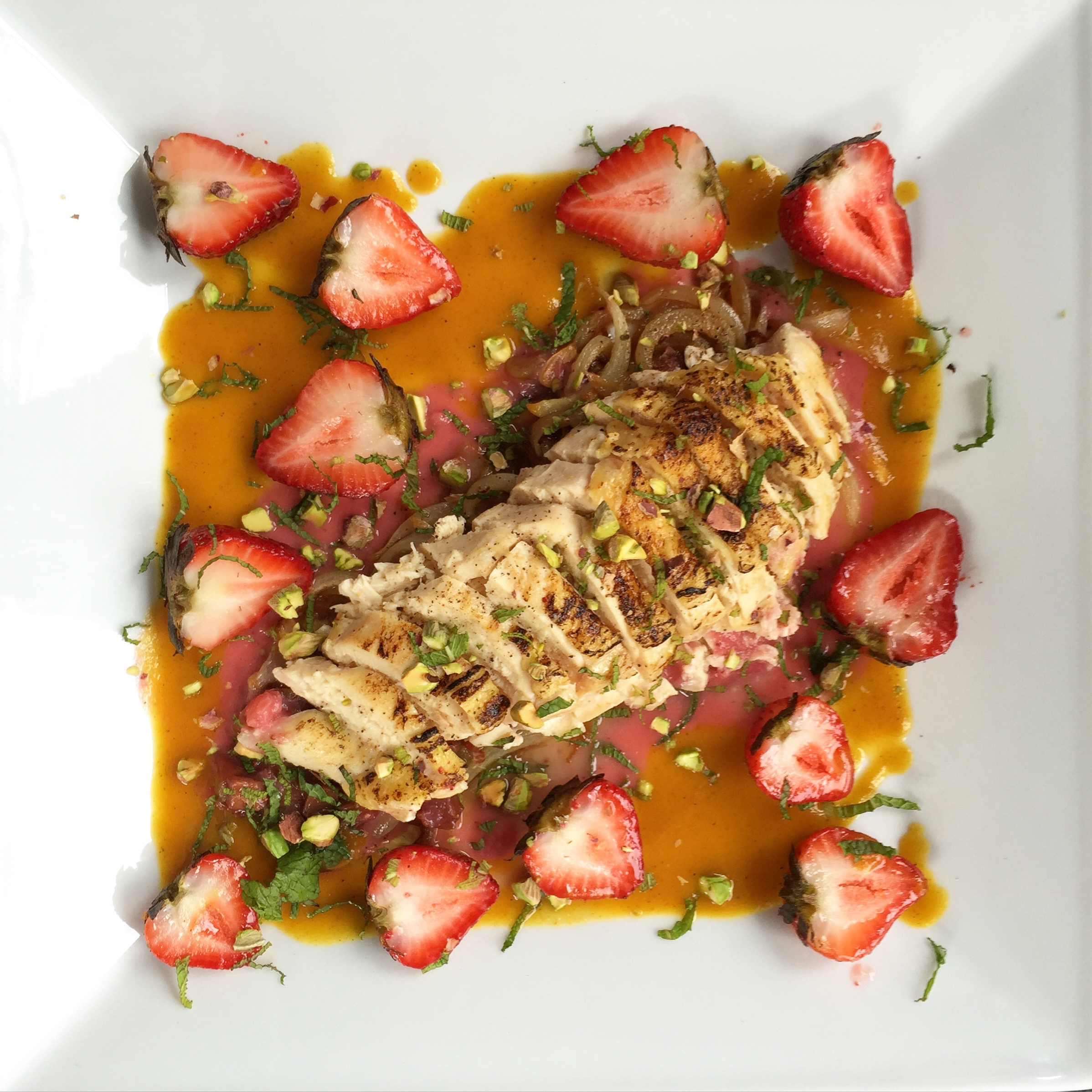Sousvide Chicken Breast, Roasted Strawberry, Caramelized Onion, Peach Red Wine Sauce, Peach curry, Pistachio and Mint